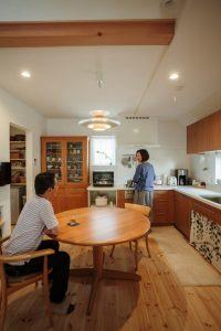 アイジー実例物件 L字のキッチン 1つの空間でにコミュニケーション