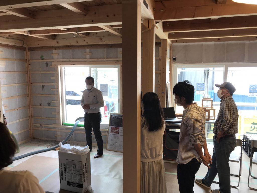 木造構造見学会の様子
